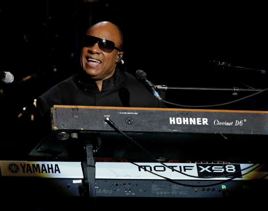 Singer Stevie Wonder performs during the Inaugural Ball. Photo: AP