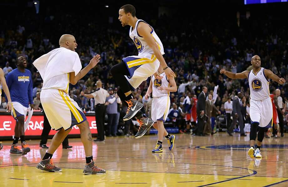 OAKLAND, CA - JANUARY 21:  Stephen Curry #30 of the Golden State Warriors is congratulated by Richard Jefferson #44 after making a three-point basket against the Los Angeles Clippers at Oracle Arena on January 21, 2013 in Oakland, California. NOTE TO USER: User expressly acknowledges and agrees that, by downloading and or using this photograph, User is consenting to the terms and conditions of the Getty Images License Agreement.  (Photo by Ezra Shaw/Getty Images) Photo: Ezra Shaw, Getty Images