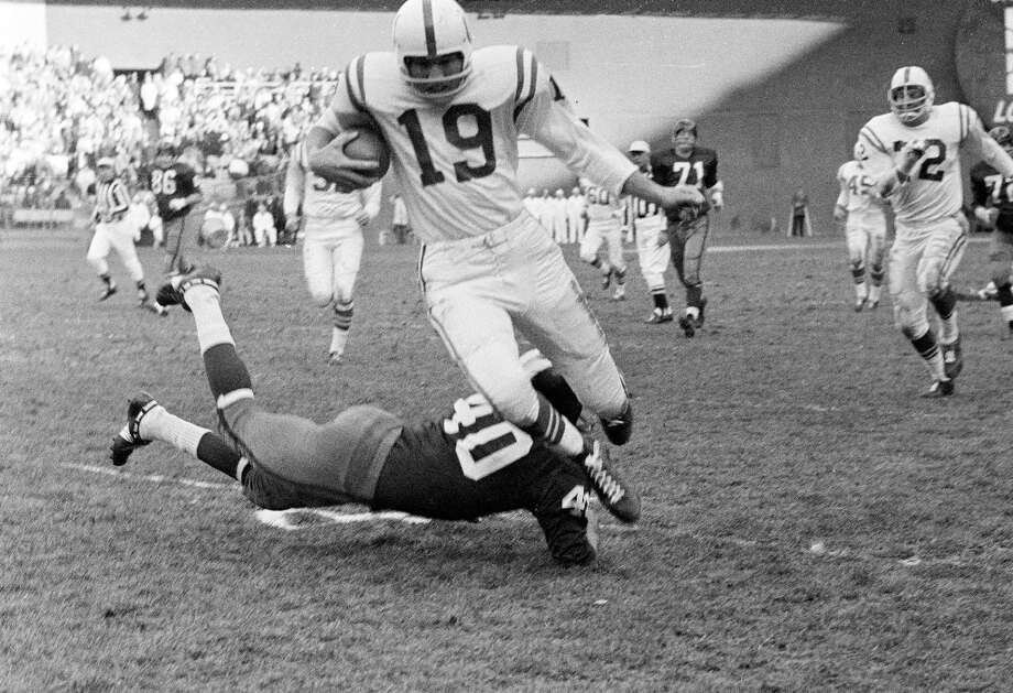 Great quarterback: John Unitas vs.... Photo: Ap / Associated Press