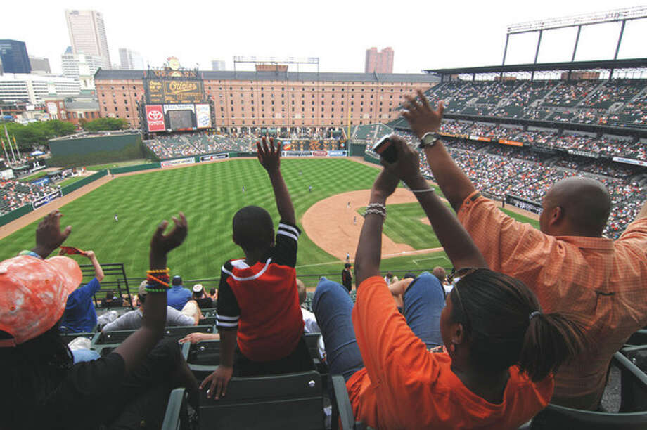Baseball park: Camden Yards vs....