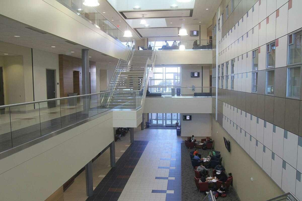 Natural light fills San Jacinto College's new science building. Natural light fills San Jacinto College's new science building.