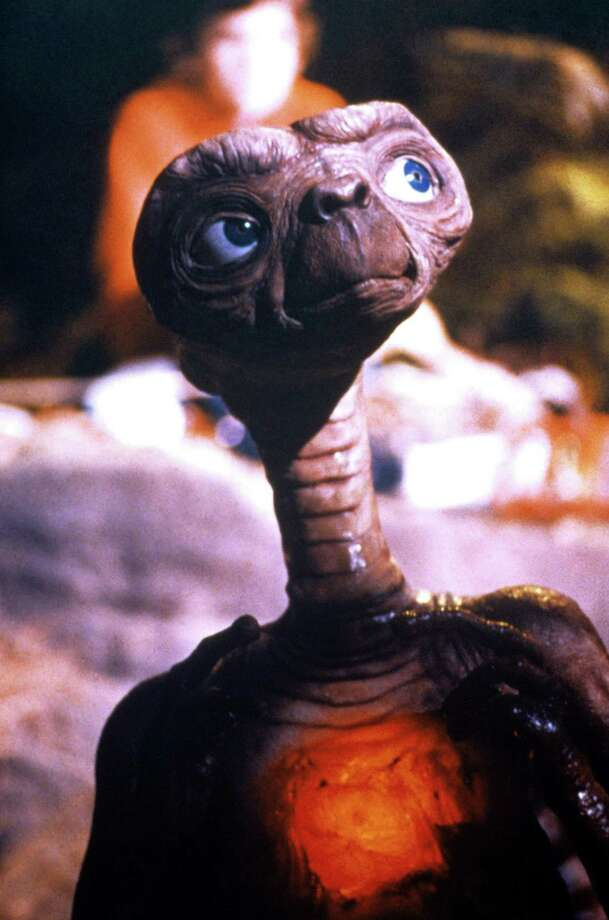 """E.T.: The Extra-Terrestrial (1982) """"E.T. phone home."""" / handout email"""