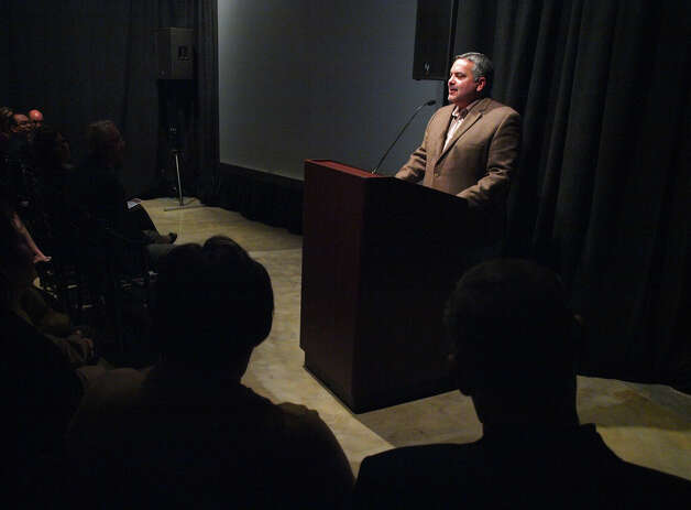 "Founding Chairman of the Museo Alameda Henry Muñoz III speaks before the World Premiere of the film ""A Class Apart"" at the Museo Alameda on February 2, 2009. Photo: ROBERT MCLEROY, SPECIAL TO THE EXPRESS-NEWS / SPECIAL TO THE EXPRESS-NEWS"