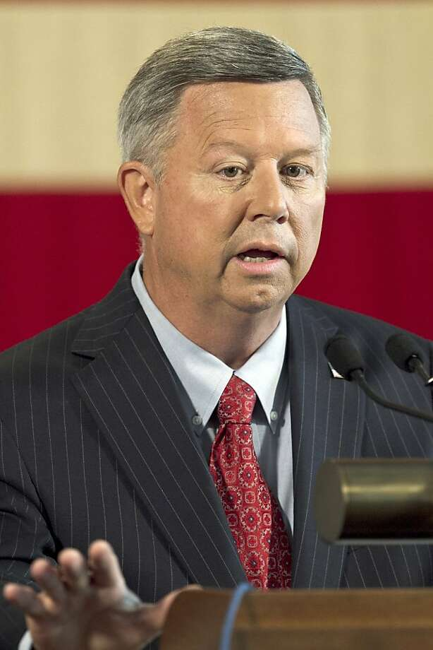 Gov. Dave Heineman said his proposal avoids sensitive lands and aquifers. Photo: Nati Harnik, Associated Press