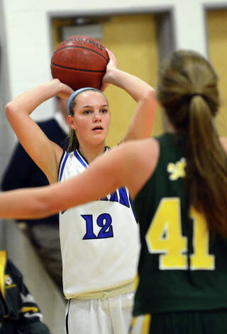 darien single catholic girls Girls catholic memorial 13 1996, 1999, 2000, 2004  delavan-darien 128 2014 columbus catholic 125 2016  scoring records for a single game.