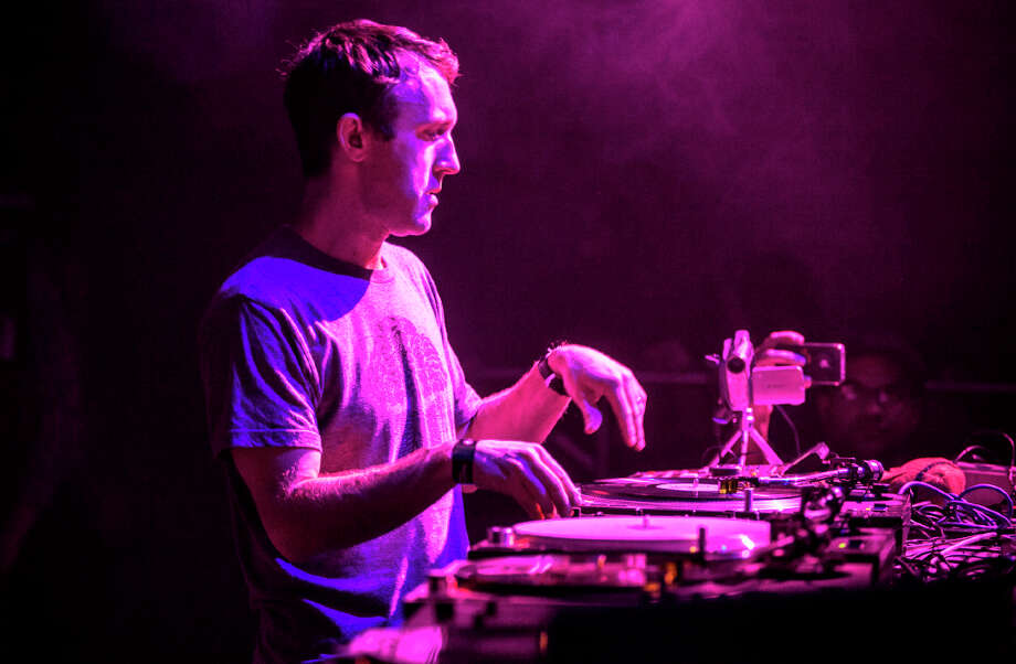 RJD2 performs at 1015 Folsom in San Francisco on January 11, 2013. Photo: Grady Brannan / Butchershop Creative Archive all rights reserved