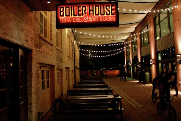 Diners attend the grand opening of the Boiler House restaurant at the Pearl Jan. 22, 2013. Photo: Yvonne Zamora, MySA.com