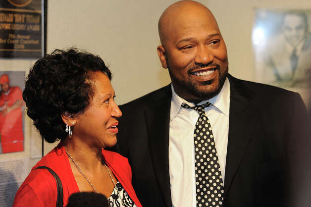 Bernard 'Bun B' Freeman at the Underground Kings exhibit at the Museum of the Gulf Coast.  Photo taken Sunday, December 02, 2012 Guiseppe Barranco/The Enterprise Photo: Guiseppe Barranco, STAFF PHOTOGRAPHER / The Beaumont Enterprise