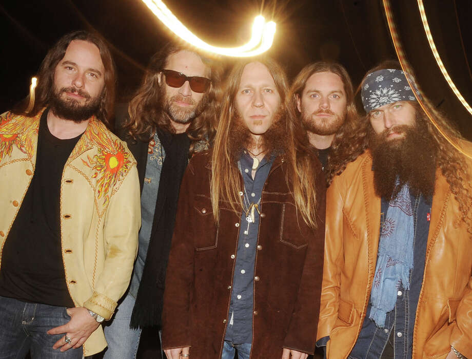 DOTHAN, AL - JANUARY 17:  ***EXCLUSIVE COVERAGE*** Country Rock Group Blackberry Smoke pose backstage during the Country Crossing Grand Opening Kick-Off Celebration at Country Crossing on January 17, 2010 in Dothan, Alabama. Photo: Rick Diamond, Getty Images  For Webster & Asso / 2010 Getty Images