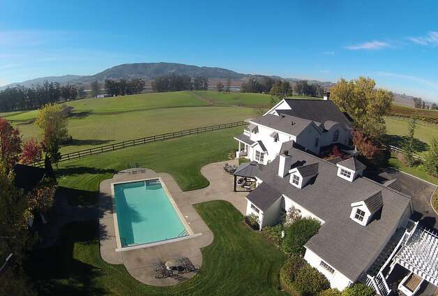 The home and estate as seen from above. Photo: Matt McCourtney, McCourtney Photographics