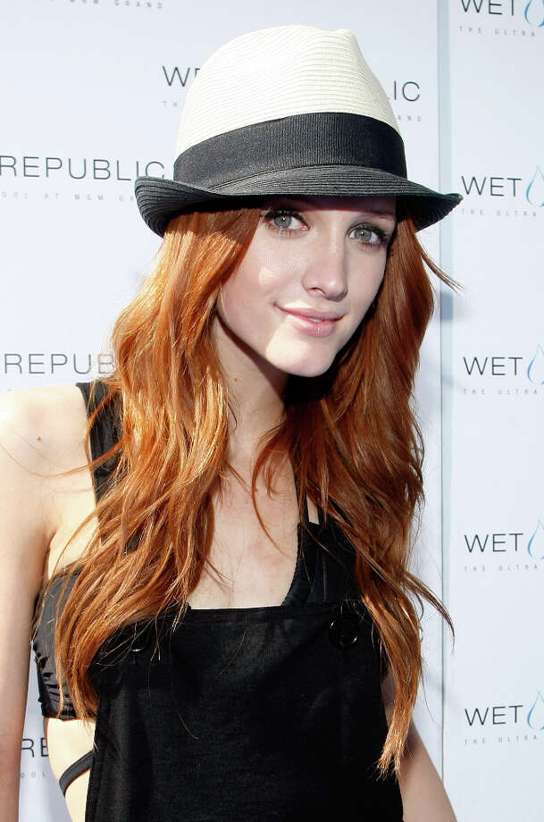 """In 2004, millions of viewers tuned in to watch Ashlee Simpson perform what they believed to be a live performance on Saturday Night Live.  After successfully lip-synching through one of her hits """"Pieces of Me,"""" she began her second performance to """"Autobiography,"""" but instead engineers accidentally played the background music to """"Pieces of Me,"""" again. Obviously thrown off by the mistake, Simpson awkwardly danced her way off stage and never fully recovered from her train wreck SNL moment. (People.com,Ranker.com) Photo: Ethan Miller, Getty Images For Wet Republic / 2009 Getty Images"""