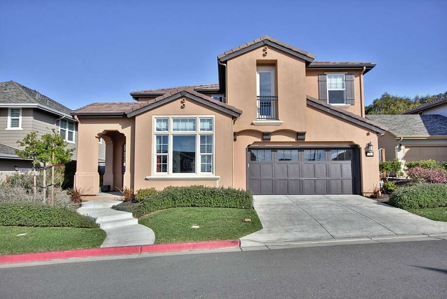 The two-story in Pacifica was custom-built in 2007. Photo: William Botero/Blu