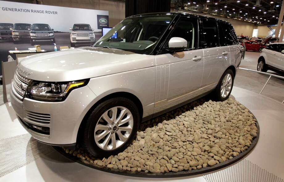 A Range Rover HSE shown at the Houston Auto Show in Reliant Center, Tuesday, Jan. 22, 2013, in Houston.  The show runs from Jan. 23 through Jan. 27. Photo: Melissa Phillip, Houston Chronicle / © 2013 Houston Chronicle