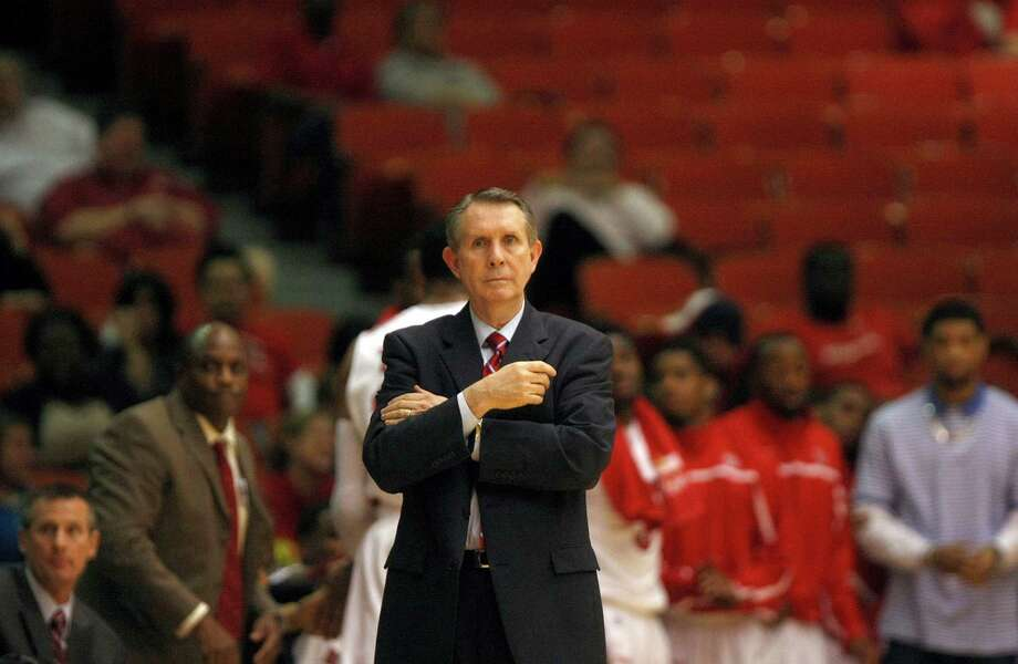 James Dickey didn't have to tell his team anything special to get them to play better after the Cougars blew a 19-point lead four days ago in a stunning loss to Tulane. Photo: Johnny Hanson, Houston Chronicle / © 2013  Houston Chronicle