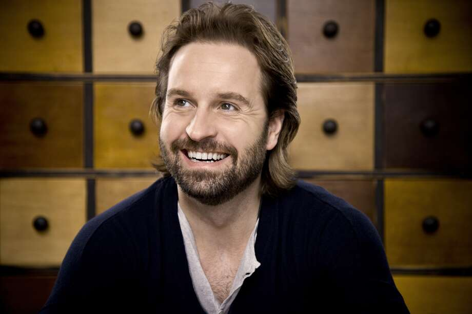 "Tony Award winner Alfie Boe, who played Jean Valjean in the 25th anniversary presentation of ""Les Miserables,"" will perform at 3 p.m. Sundy at The Egg in Albany. Click here for more information. (alfie-boe.com)"