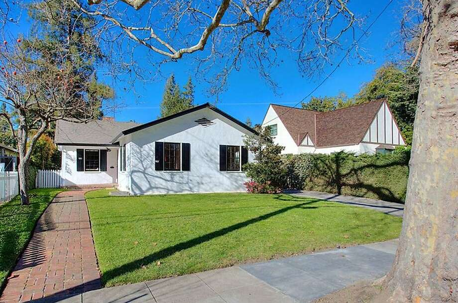 661 Seale Ave., $2.495 million Photo: Crystle Borrego