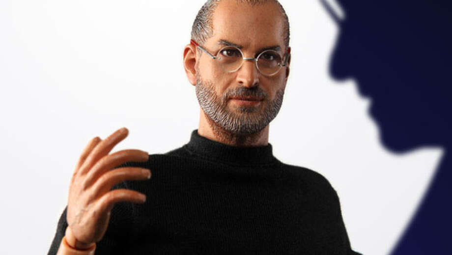 Promotional image of a Steve Jobs action figure by In Icons. Photo: In Icons / ONLINE_YES