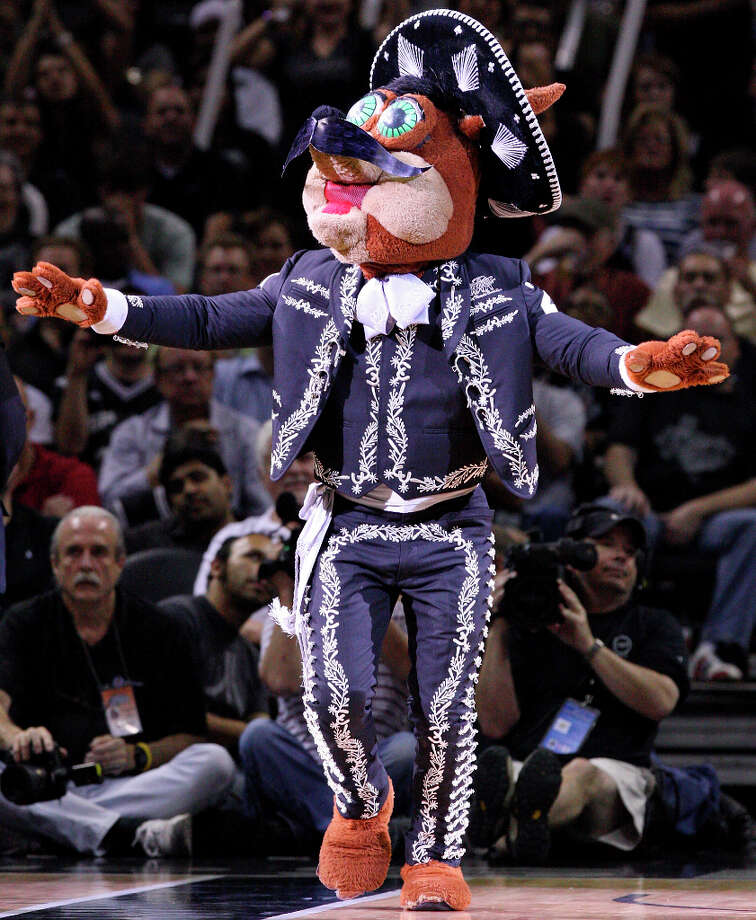 The Coyote performs during Game 2 of the Western Conference first round against the Utah Jazz May 2, 2012, at the AT&T Center. Photo: EDWARD A. ORNELAS, SAN ANTONIO EXPRESS-NEWS / © SAN ANTONIO EXPRESS-NEWS (NFS)