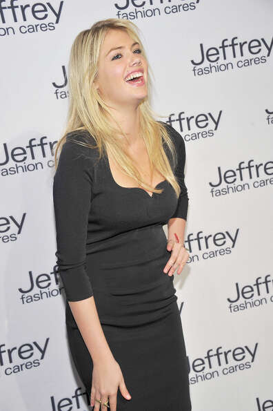 Here she attends the Jeffrey Fashion Cares 2012 at the Intrepid Aircraft Carrier in 2012 in New York