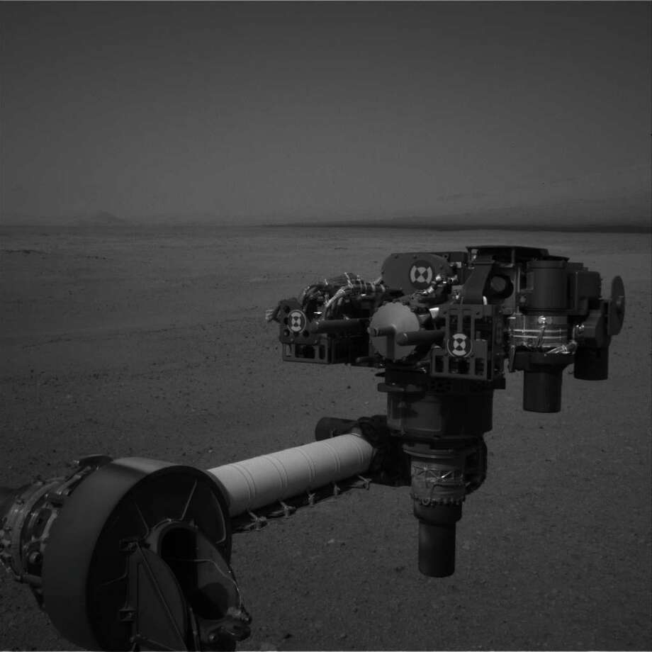 ''End of Curiosity's Extended Arm, Full-Resolution''This full-resolution image from NASA's Curiosity shows the turret of tools at the end of the rover's extended robotic arm on August 20, 2012. The Navigation Camera captured this view. Photo: Caltech/MSSS / NASA/JPL
