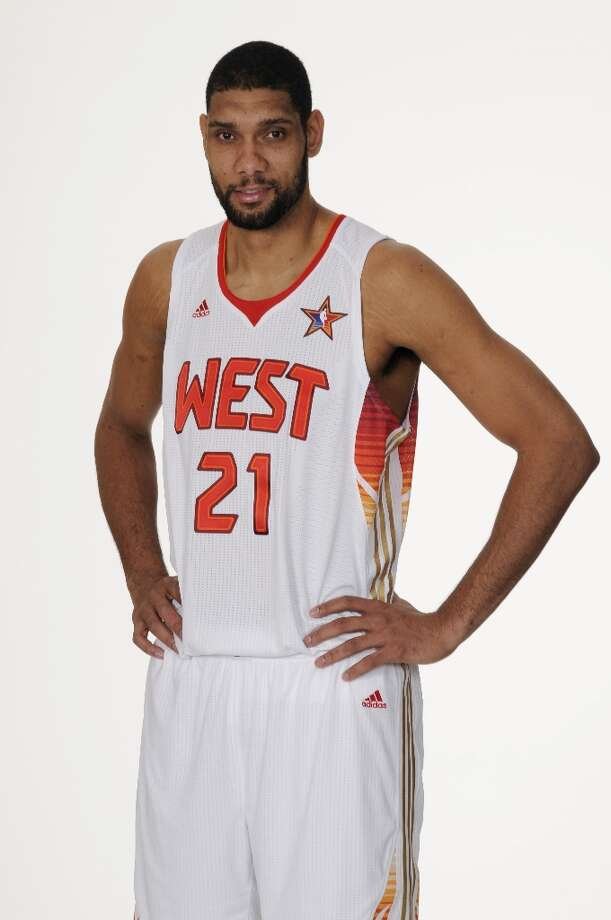 Tim Duncan (21) of the Spurs poses in his 2009 All-Star Uniform at the AT&T Center on January 22, 2009 in San Antonio. Photo: D. Clarke Evans, NBAE/Getty Images / 2009 NBAE