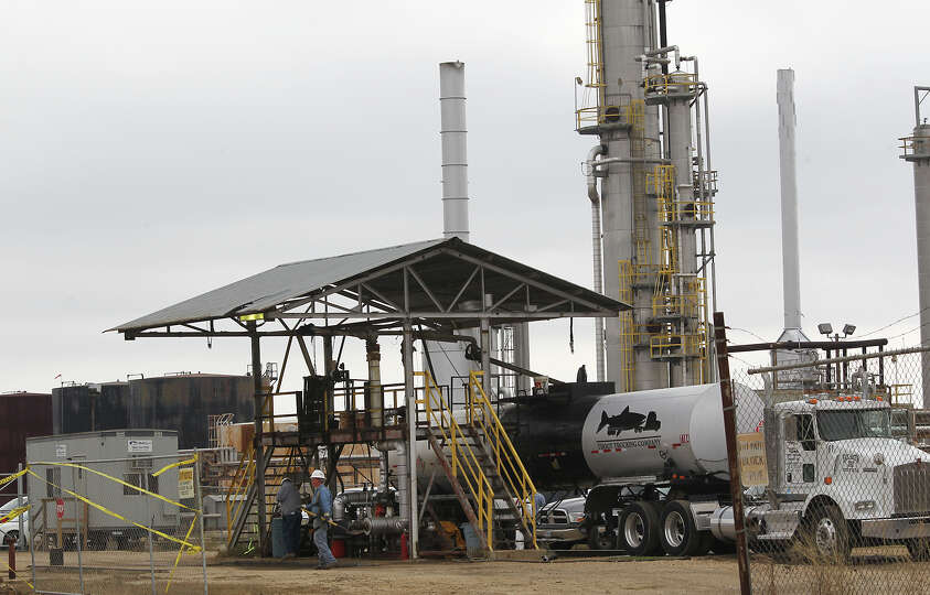 Work continues at the Blue Dolphin Energy Nixon refinery, near Nixon, Texas, Thursday, Jan. 24, 2013