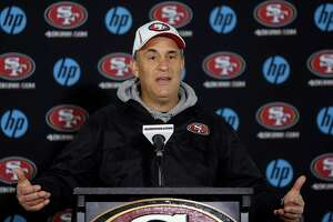 Vic Fangio won't be going with Jim Harbaugh to Michigan - Photo