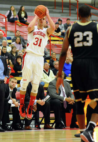 Sacred Heart's #31 Steve Glowiak looks to score, during men's basketball action against Bryant at Sacred Heart University in Fairfield, Conn. on Thursday January 24, 2013. Photo: Christian Abraham / Connecticut Post