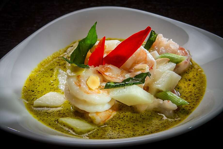 Spicy prawns are on the menu at Hakkasan, the new high-end Chinese restaurant at Kearny and Market streets. Photo: John Storey