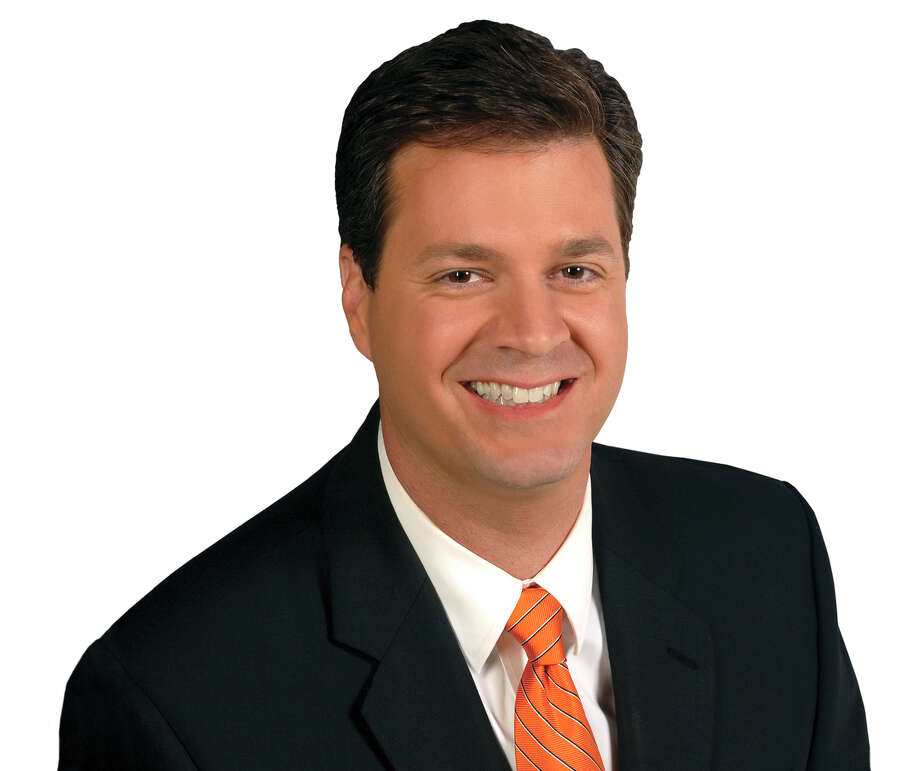 Meteorologist David Paul of Channel 11 got the hiccups giving the weather and became aviral star. / DirectToArchive