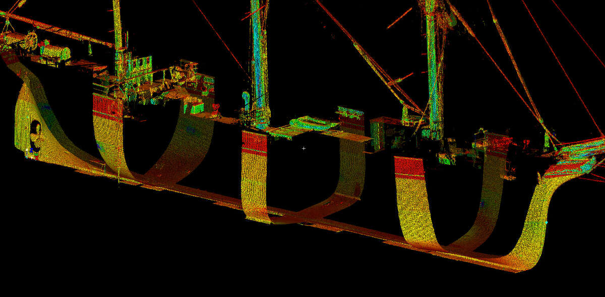 SmartGeoMetrics used a Leica HDS7000 laser scanner to produce a 3D representation of Elissa in dry dock at Bollinger Shipyards.