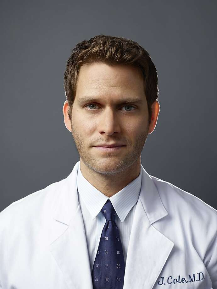 How could a show in which Steven Pasquale, above, leaves voicemails for the evil personality that shares his body possibly not succeed? Photo: Matthias Clamer, NBC