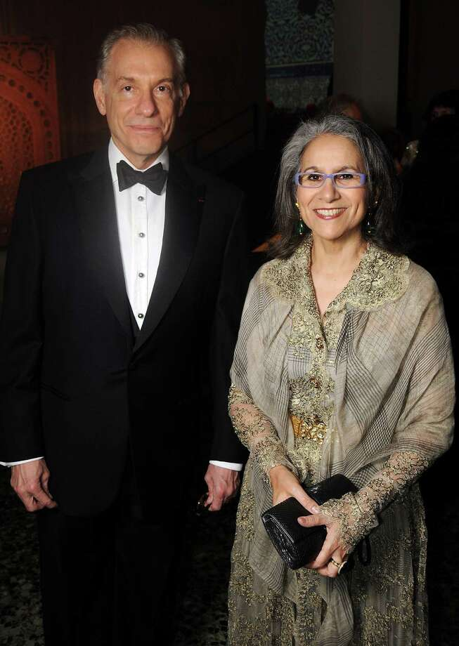 Gary Tinterow and H.E. Sheikha Hussah Sabah al-Salem al-Sabah Photo: Dave Rossman, Freelance / © 2013 Dave Rossman