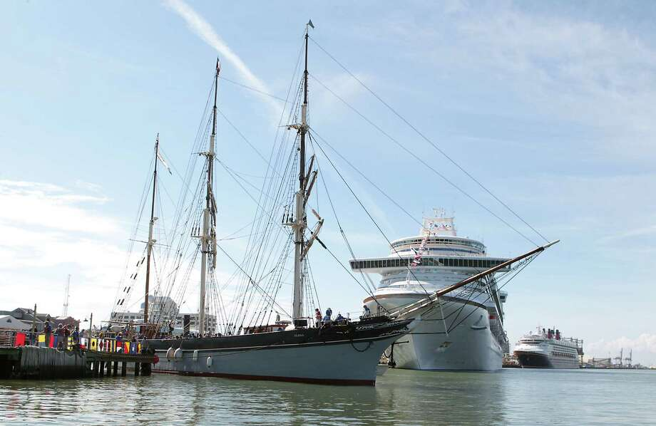 The tall ship Elissa returns to Galveston on Saturday after $1.5 million in repairs. Photo: James Nielsen, Chronicle / © Houston Chronicle 2013