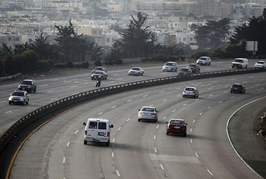 FILE-- Commuters travel on a stretch of Interstate 280 known as the John F. Foran Freeway in San Francisco on Friday, Jan. 25, 2013. Motorists in the Bay Area plowed into more raccoons, skunks, deer, mountain lions and other furry critters than drivers in any other region in California, an analysis of highway roadkill concluded Thursday. Photo: Paul Chinn, The Chronicle