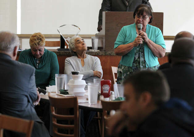 Maria Vasquez, mother of Anna Vasquez, addresses an audience at a meeting of the San Antonio Crime Coalition on Saturday, Jan. 26, 2013. Anna Vasquez could not attend the meeting because of her parole restrictions. Vazquez along with three other women are fighting for exoneration from a 1994 sexual assualt case. Anna Vasquez served more than a decade in jail while the other women are still imprisoned. Vasquez's mother, Maria Vazquez, and aunt, Valeria Pachecano, attended the meeting in her place. Photo: Bob Owen, San Antonio Express-News / © 2012 San Antonio Express-News