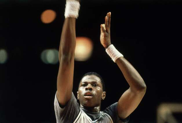 Georgetown University basketball star Patrick Ewing is shown during warm-ups in Washington, Nov. 1982. (AP Photo/Bill Auth) Photo: Bill Auth, ASSOCIATED PRESS / AP2010