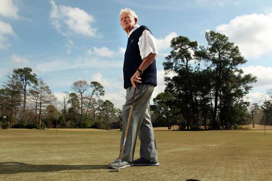 Jackie Burke Jr. takes advantage of the unseasonably warm January weather to get out on his Champions Golf Club. Photo: Mayra Beltran, Staff / © 2013 Houston Chronicle