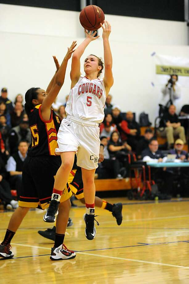Junior Natalie Romeo led Carondelet into the second round of the NorCal tourney. Photo: Michael Short, Special To The Chronicle