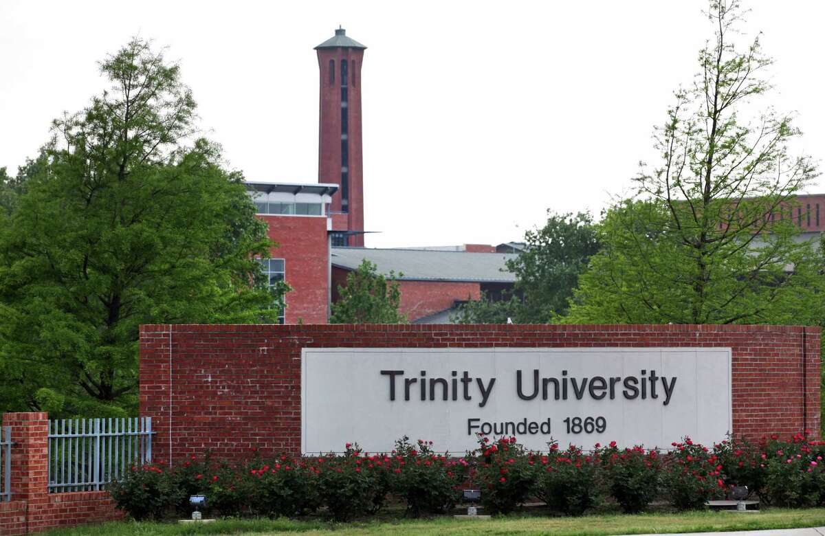 10. Trinity University Preliminary enrollment, fall 2014:2,432 Certified enrollment, fall 2013:2,350 Change in number of enrolled students: 82 Percent change in enrolled students:3.49percent Data provided byTexas Higher Education Coordinating Board
