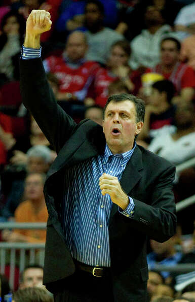 Rockets head coach Kevin McHale reacts to a foul call.