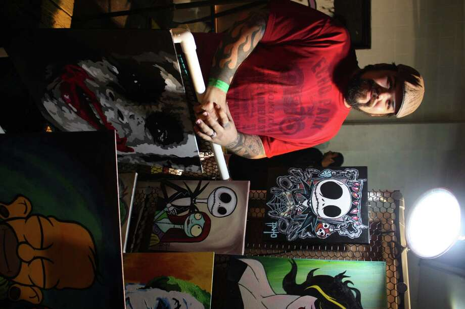 Visual artists gather for seventh annual Artslam! Photo: Libby Castillo