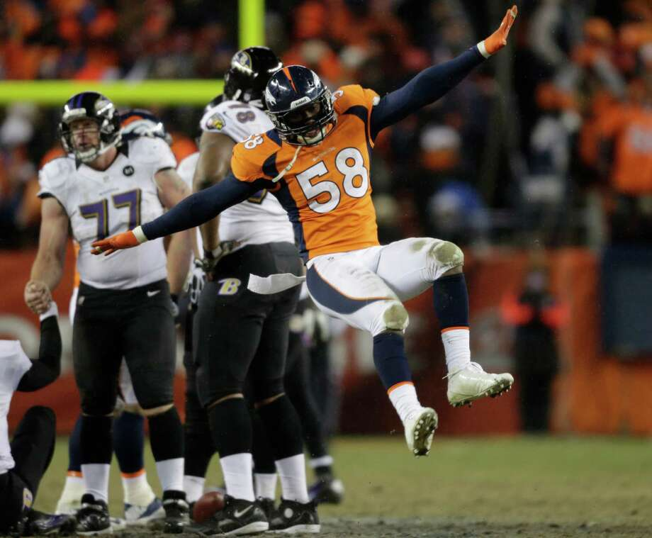Von Miller (58), Denver Broncos outside linebacker Photo: Joe Mahoney, Associated Press / FR170458 AP