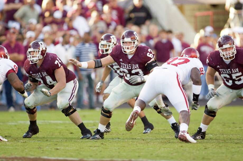 Kevin Matthews (center), Tennessee Titans center Photo: Wade Barker, Courtesy Of Texas A&M / 2008 Texas A&M University Athletic Dept.