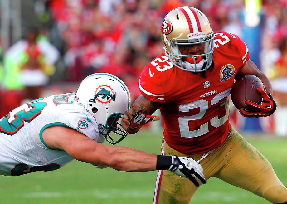 10. Sunday, Dec. 9, 2012: Running back LaMichael James was activated and played his first NFL game. Photo: Carlos Avila Gonzalez, The Chronicle / ONLINE_YES