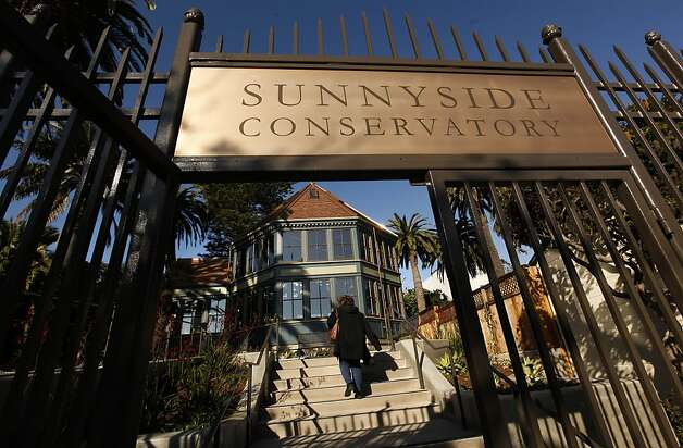 The Sunnyside Conservatory on Monterey Boulevard also received high marks from San Francisco's park users. Photo: Michael Macor, The Chronicle