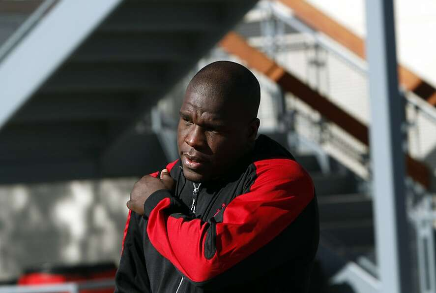 Frank Gore leaves the 49ers practice facility in Santa Clara, Calif., Sunday, January 27, 2013, for