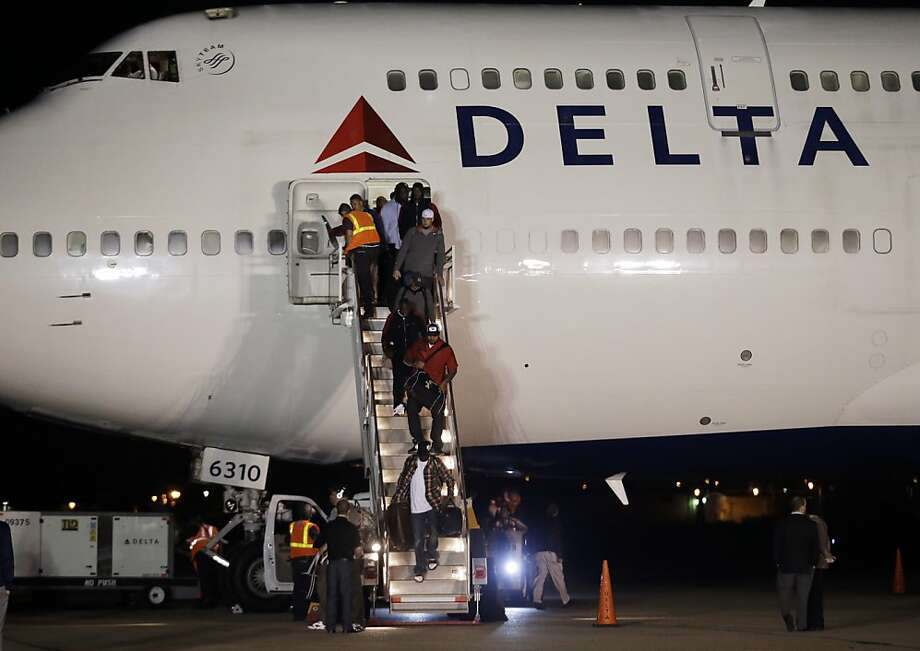 The San Francisco 49ers arrive at the Louis Armstrong International Airport for the NFL Super Bowl XLVII football game Sunday, Jan. 27, 2013, in New Orleans. (AP Photo/Morry Gash) Photo: Morry Gash, Associated Press