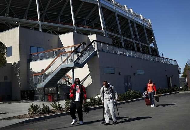 The 49ers leave their practice facility in Santa Clara, Calif., Sunday, January 27, 2013, for New Orleans and the Super Bowl. Photo: Sarah Rice, Special To The Chronicle