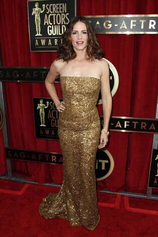 Actress Jennifer Garner arrives at the 19th Annual Screen Actors Guild Awards at the Shrine Auditorium in Los Angeles on Sunday, Jan. 27, 2013. (Photo by Matt Sayles/Invision/AP) Photo: Matt Sayles, Associated Press / Invision